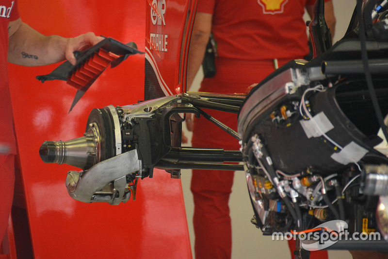 Ferrari SF16-H rear attachment of top wishbone