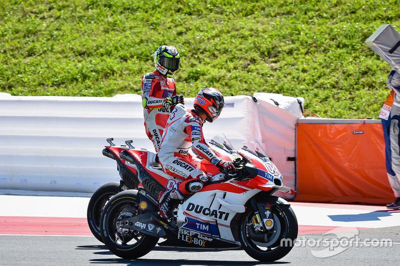 Победитель - Андреа Янноне, Ducati Team и второе место - Андреа Довициозо, Ducati Team
