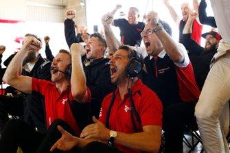 Will Bamber, Earl Bamber, EBM, Pascal Zurlinden, Porsche Motorsport celebrate