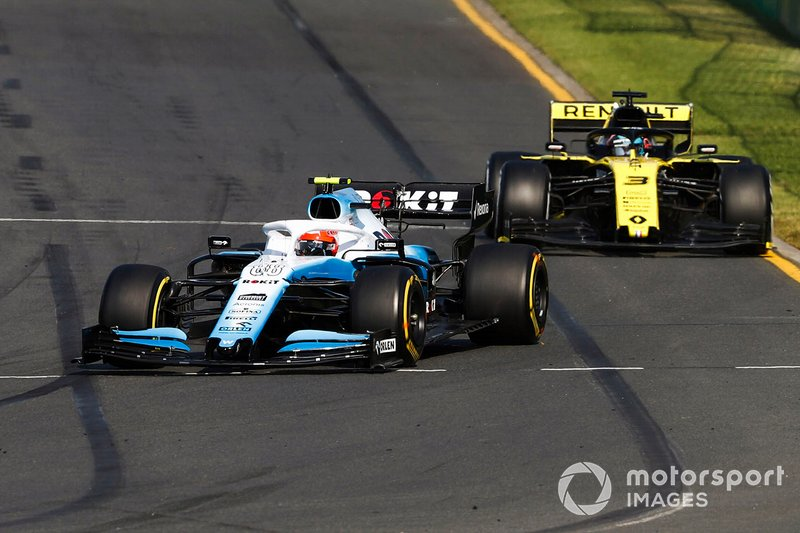 Robert Kubica, Williams FW42, Daniel Ricciardo, Renault F1 Team R.S.19