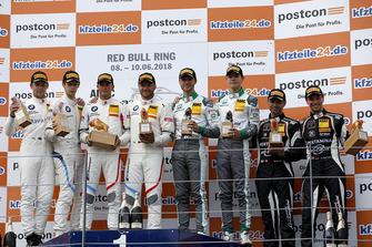 Podium Junior: 1. #42 BMW Team Schnitzer BMW M6 GT3: Mikkel Jensen, Timo Scheider, 2. #43 BMW Team S