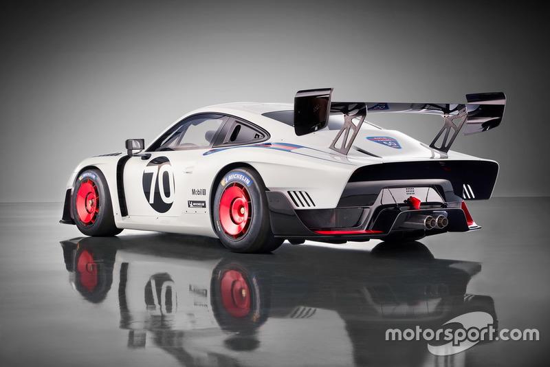 Clubsport race car Porsche 935