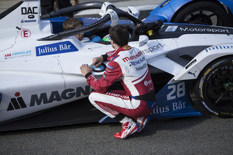 Jérôme d'Ambrosio, Mahindra Racing, M5 Electro talks to Antonio Felix da Costa, BMW I Andretti Motorsports, BMW iFE.18