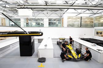 Preparación del Renault R.S. 18