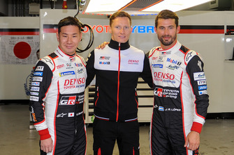 Polesitters Mike Conway, Kamui Kobayashi, Jose Maria Lopez, Toyota Gazoo Racing