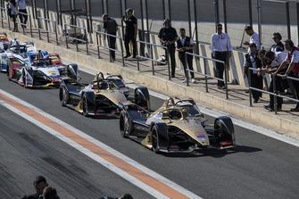 2018/19 Formula E Season 5 cars line up in pit lane