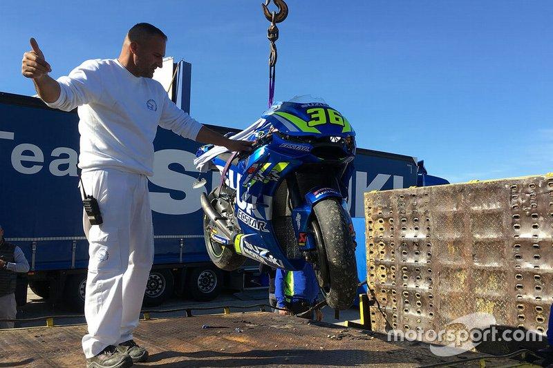 Мотоцикл Хоана Міра, Team Suzuki MotoGP, після аварії