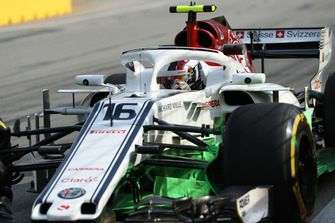 Charles Leclerc, Sauber C37 with aero paint