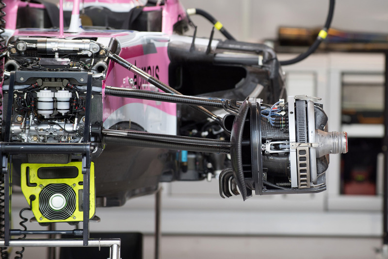 Racing Point Force India VJM11 voorwielophanging