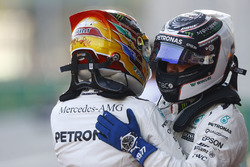 Valtteri Bottas, Mercedes AMG F1, congratulates Lewis Hamilton, Mercedes AMG F1