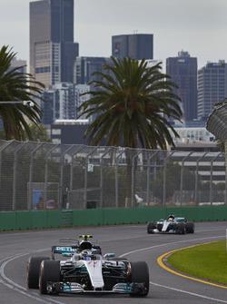 Valtteri Bottas, Mercedes AMG F1 W08, leads Lewis Hamilton, Mercedes AMG F1 W08