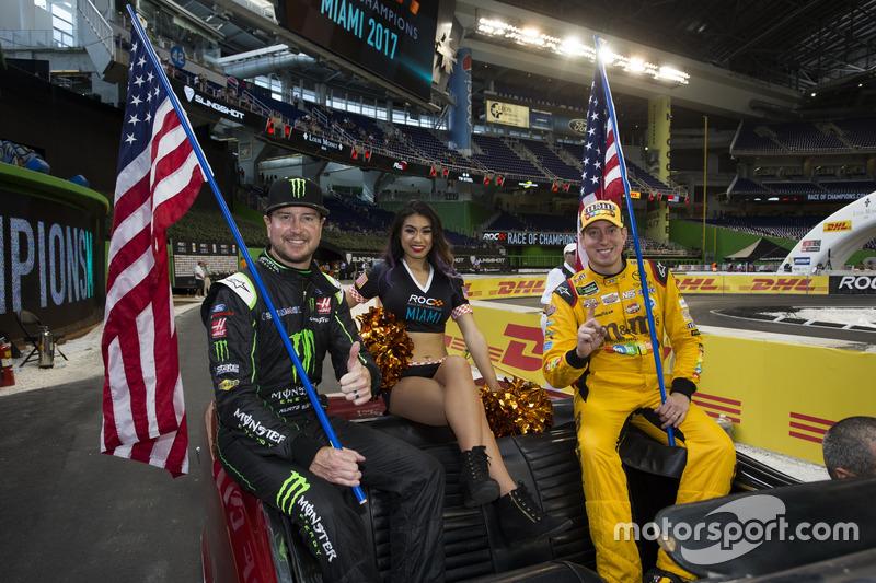 Team USA NASCAR Kurt Busch y Kyle Busch