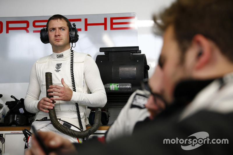 #911 Manthey Racing Porsche 911 GT3 R: Nick Tandy