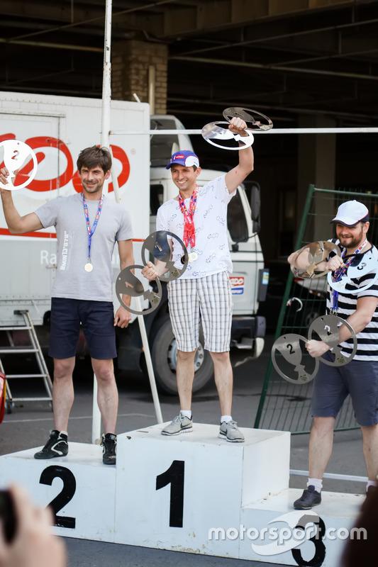 Нагородження призерів FWD зліва направо: Ярослав Кадученко, Шиков Максим, Євдокимов Максим
