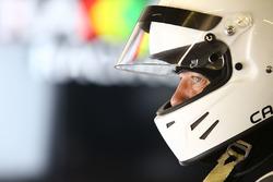 Strakka Motorsport mechanic
