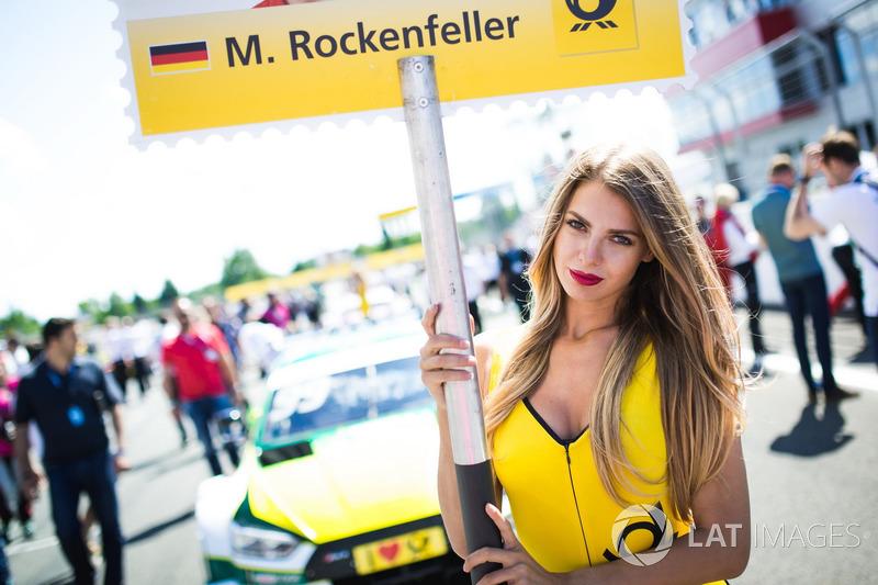 La grid girl di Mike Rockenfeller, Audi Sport Team Phoenix, Audi RS 5 DTM