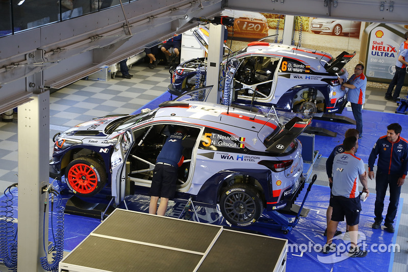 Thierry Neuville, Nicolas Gilsoul, Hyundai i20 WRC, Hyundai Motorsport, Dani Sordo, Marc Marti, Hyun
