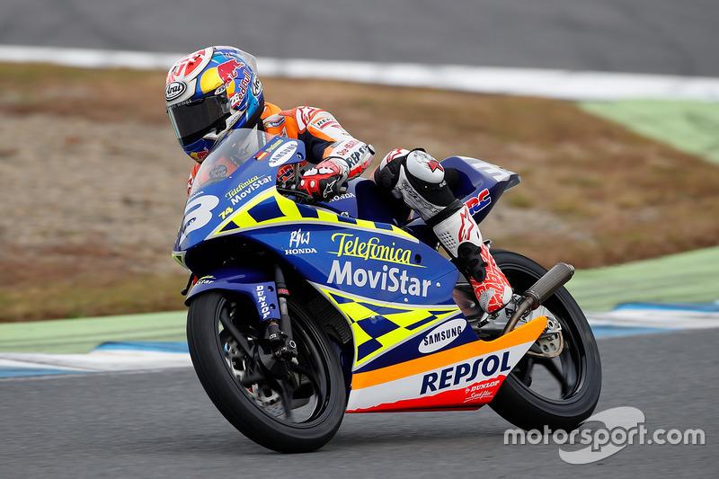 Dani Pedrosa en la RS125R en la que ganó el Campeonato del mundo 2003 en 125cc