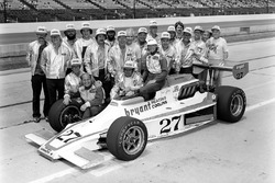 Janet Guthrie, Rolla Vollstedt and the crew