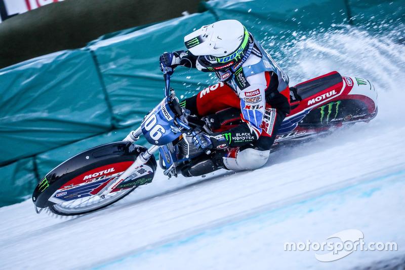 В финальном заезде уже в четвертый раз в пяти этапах победу одержал Дмитрий Колтаков