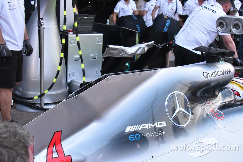 Mercedes AMG F1 W09, dettaglio del cofano motore