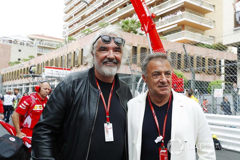 Jean Alesi e Flavio Briatore, in griglia