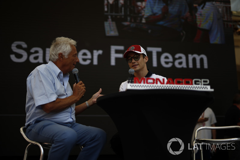 Charles Leclerc, Sauber on stage with Bob Constanduros