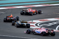 Kimi Raikkonen, Ferrari SF70H, Max Verstappen, Red Bull Racing RB13, Carlos Sainz Jr., Renault Sport F1 Team RS17 and Esteban Ocon, Sahara Force India VJM10
