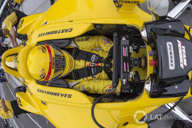 """9. <img src=""""https://cdn-0.motorsport.com/static/img/cfp/0/0/0/0/30/s3/brazil-2.jpg"""" alt="""""""" width=""""20"""" height=""""12"""" />Элио Кастроневес, Team Penske Chevrolet"""