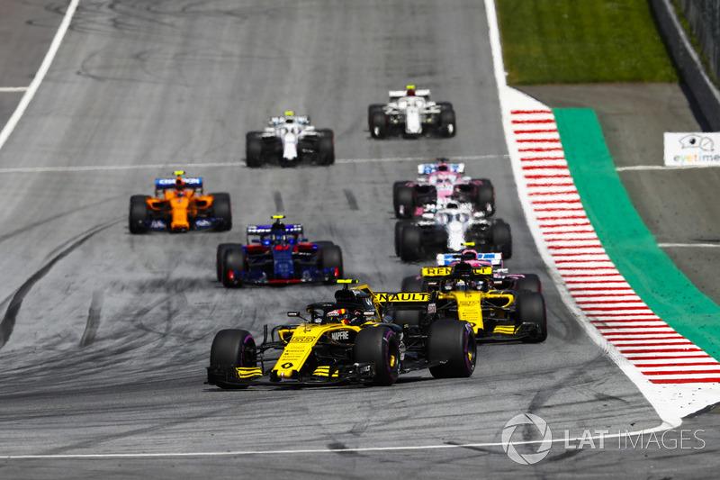 Carlos Sainz Jr., Renault Sport F1 Team R.S. 18, Nico Hulkenberg, Renault Sport F1 Team R.S. 18, Esteban Ocon, Force India VJM11, Pierre Gasly, Toro Rosso STR13, Lance Stroll, Williams FW41, Sergio Perez, Force India VJM11