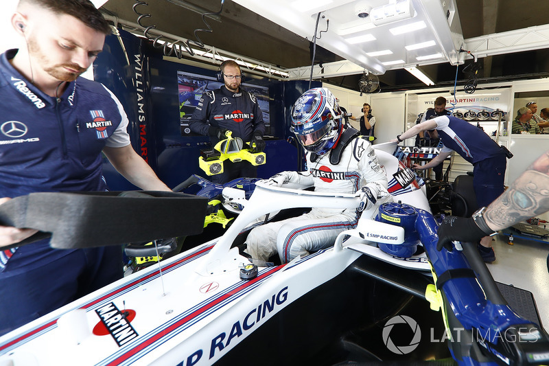 Sergey Sirotkin, Williams Racing, settles into his seat