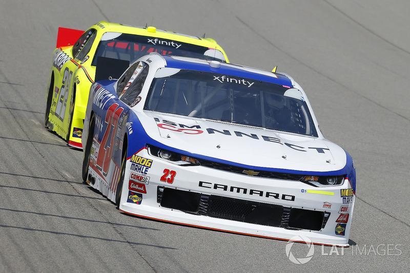 Alex Bowman, GMS Racing, Chevrolet Camaro ISM Connect and Paul Menard, Team Penske, Ford Mustang Menards/Richmond