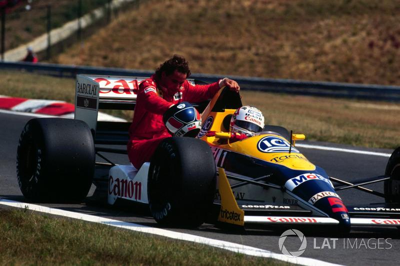 Budapest 1988: Gerhard Berger (Ferrari) menumpang Nigel Mansell (Williams)