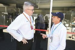 Ross Brawn, Managing Director of Motorsports, FOM, Roberto Moreno