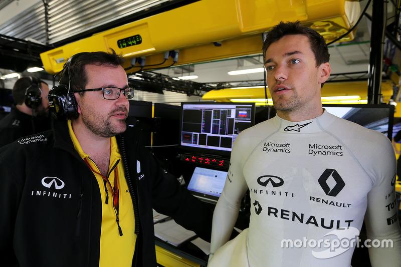 Jolyon Palmer, Renault Sport F1 Team, und Julien Simon-Chautemps