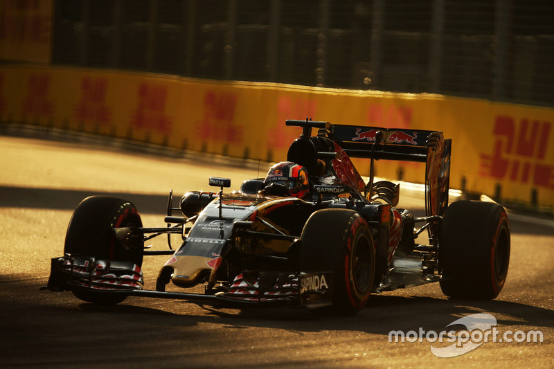 7. Daniil Kvyat, Scuderia Toro Rosso STR11