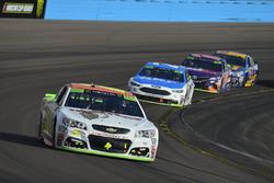 Chase Elliott, Hendrick Motorsports Chevrolet, Ryan Blaney, Wood Brothers Racing Ford