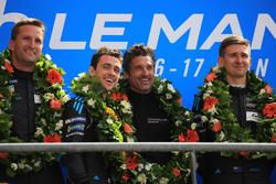 Podio LMGTE Am: i vincitori Christian Ried, Julien Andlauer, Matt Campbell, Proton Competition, Patrick Dempsey, Dempsey Proton Competition