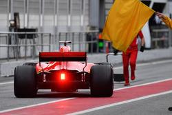 Sebastian Vettel, Ferrari SF71H and yellow flag
