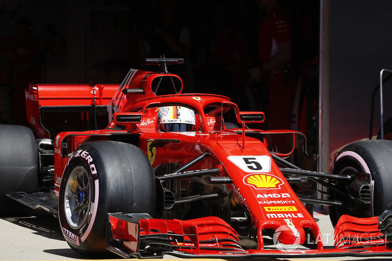 Sebastian Vettel, Ferrari SF71H, leaves the garage