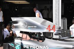 Mercedes AMG-F1 W09, dettaglio del cofano motore