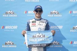 Ganador de la pole Kyle Larson, Chip Ganassi Racing, Chevrolet