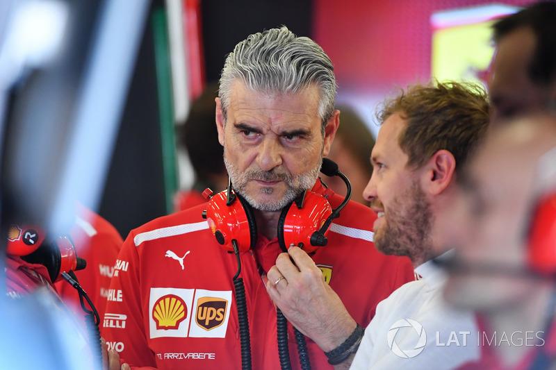 Sebastian Vettel, Ferrari e Maurizio Arrivabene, Team Principal Ferrari