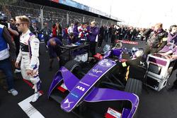 Sam Bird, DS Virgin Racing, en la parrilla