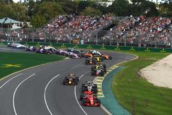 Sebastian Vettel, Ferrari SF71H at the start of the race
