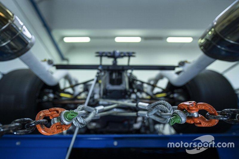 Lamborghini V12 hypercar çalıştırma