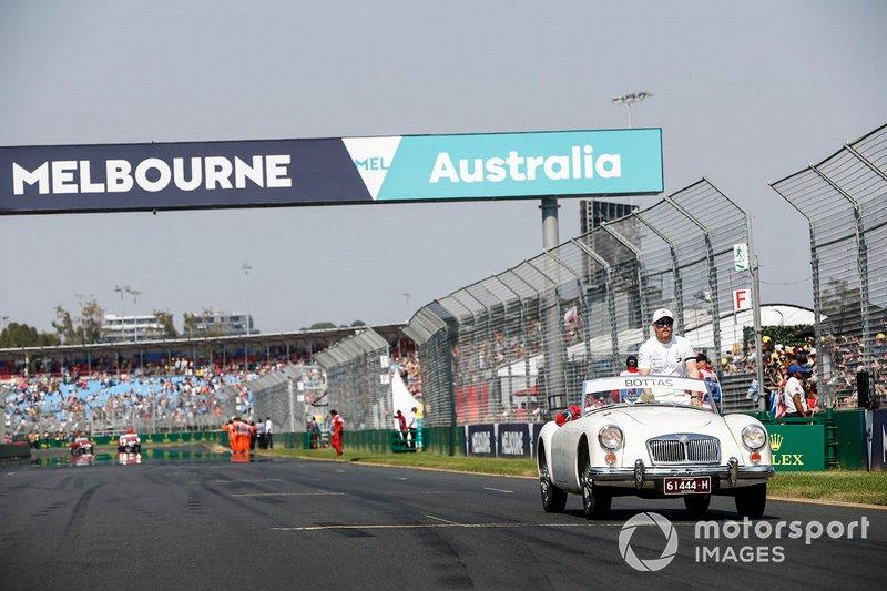 Valtteri Bottas, Mercedes AMG F1, en el desfile de pilotos