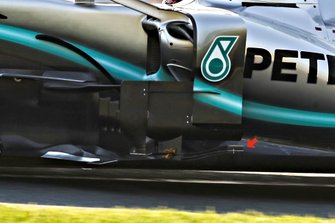 Mercedes AMG W10 sidepods detail