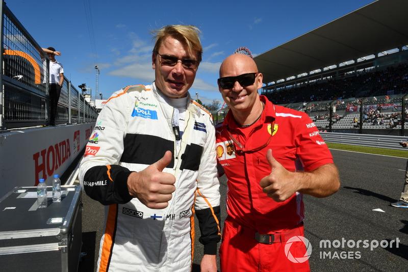 MIka Hakkinen et Mark Arnall lors des Legends F1 30th Anniversary Lap Demonstration