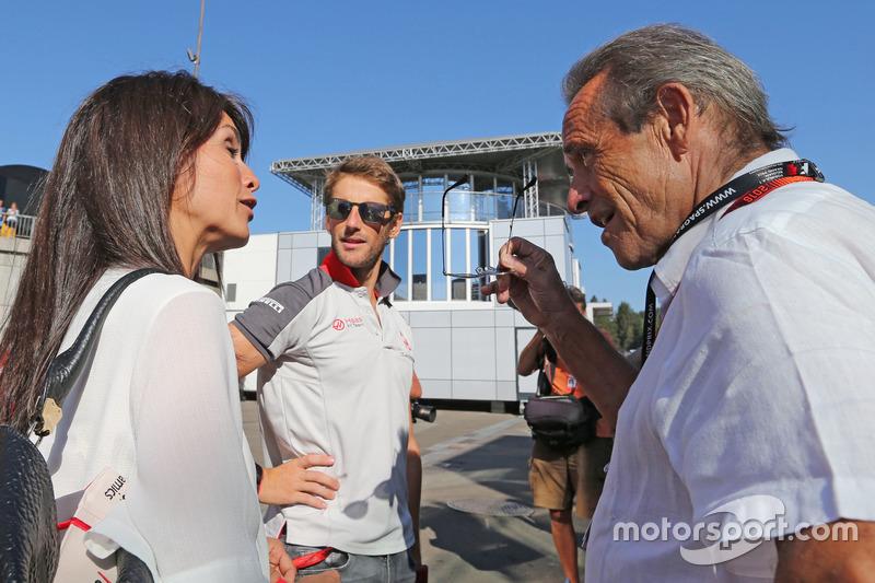 Romain Grosjean, Haas F1 Team and Jacky Ickx,